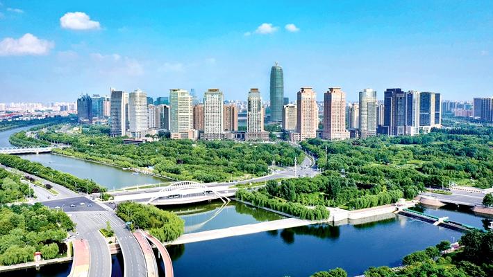 郑州机场新开两条旅游航线