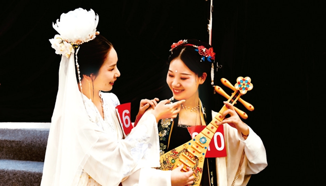 郑州汉服文化艺术节启幕 为期一个月